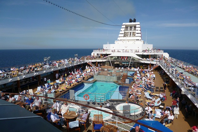 cruise-ship-332711_640