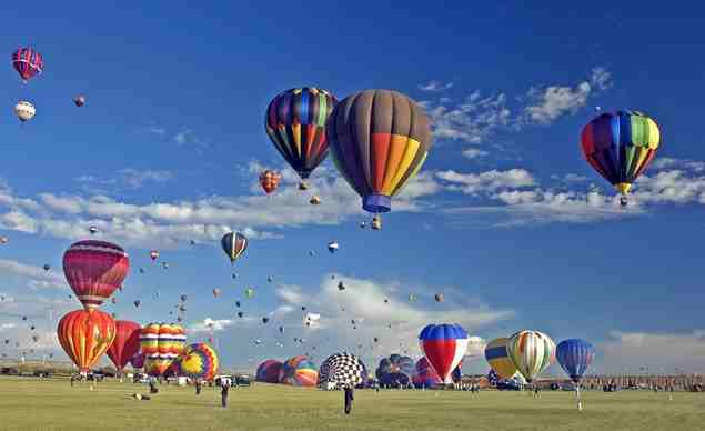 bucket-listalbuquerquehot-air-balloonsfiesta-10172013-0153_horiz-large[1]